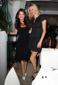 Brandi Glanville and Lisa Vanderpump Spotted having dinner with a few friends