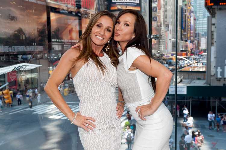 Let 39 s twin again on watch what happens live www for Where do real housewives of new jersey live
